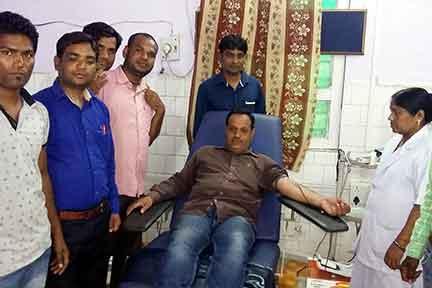 दुलर्भ रक्त समूह के रक्तदाता ने दो दिन की ब