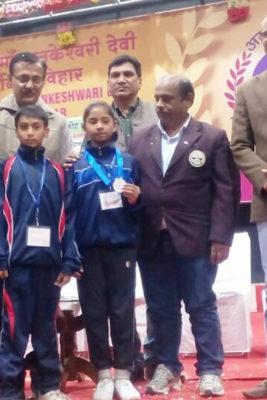अंशिका ने जीता कराटे में रजत पदक