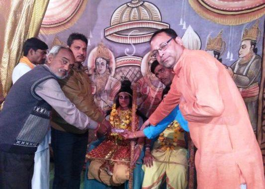 रामलीला के सभी पात्रों का एएचपी ने किया सम्मान,  धर्म प्रचारकों का किया सम्मान
